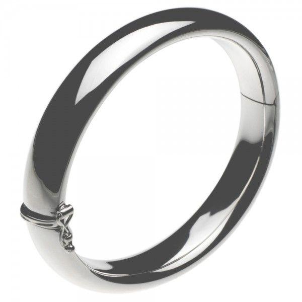 Slaven armband met scharnier en bakslot. Breedte 12 mm, polsmaat 17 cm.