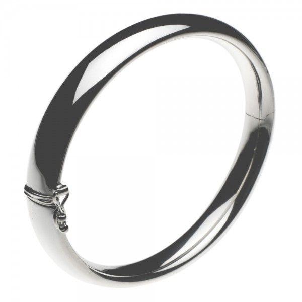 Slaven armband met scharnier en bakslot. Breedte 10 mm, polsmaat 17 cm.